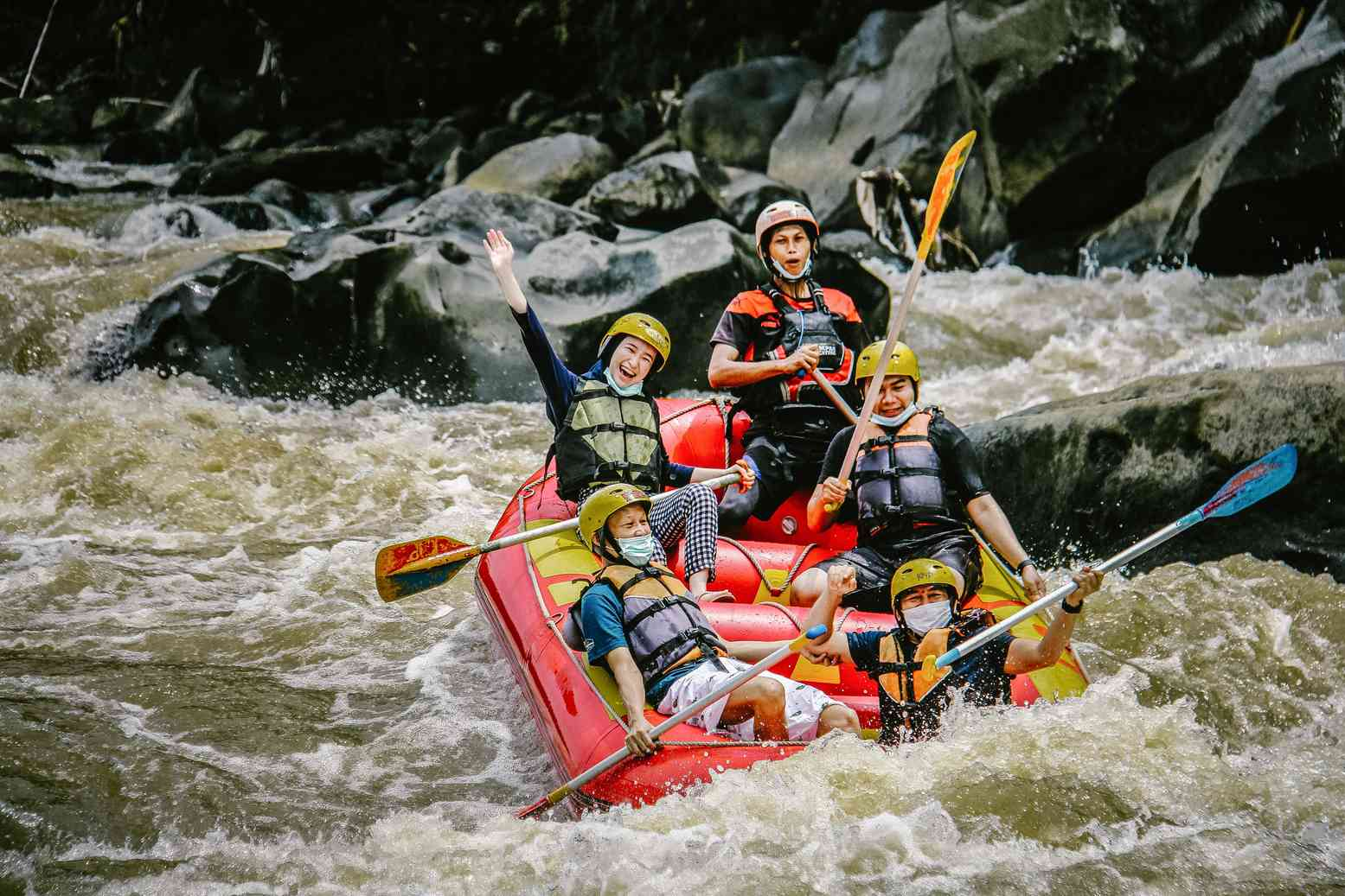 Rafting Arung Jeram Sungai Progo Atas Hulu Bawah Magelang